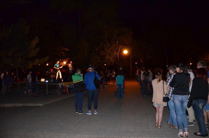 В Мариуполе музыканты-любители устроили концерт под открытым небом (ФОТО+ВИДЕО), фото-3