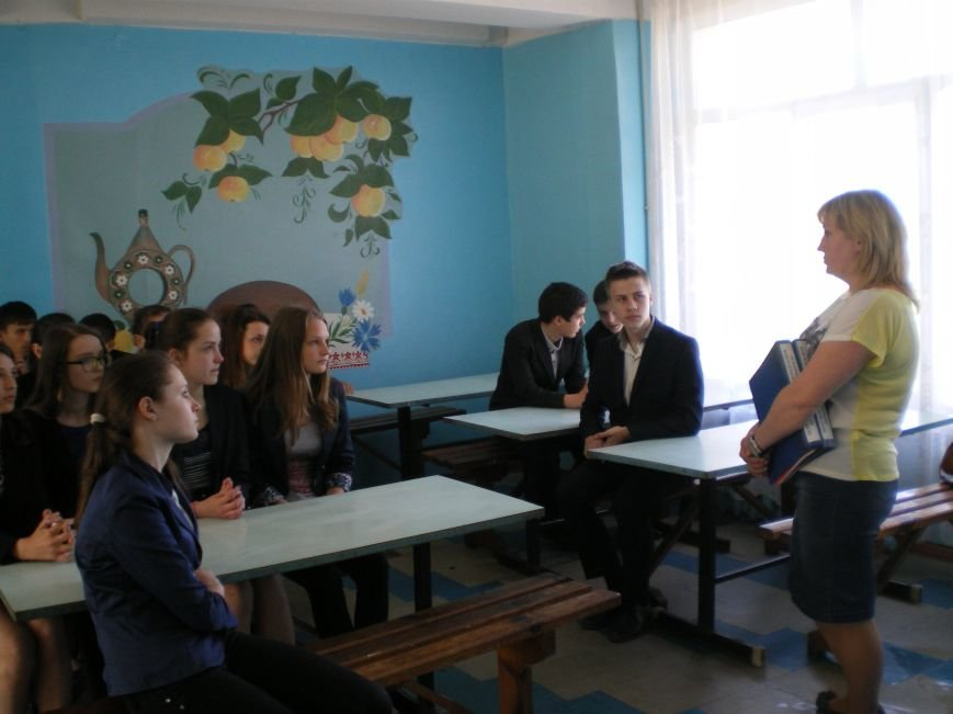 Димитровский центр занятости организовал профессиографическую экскурсию для гимназистов (фото) - фото 1