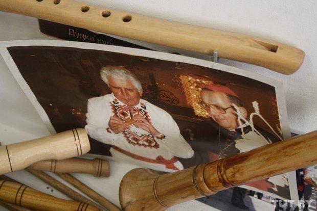Фоторепортаж: мастер из Гродно 20 лет делает народные музыкальные инструменты (фото) - фото 15
