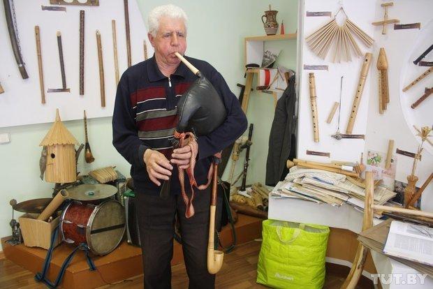 Фоторепортаж: мастер из Гродно 20 лет делает народные музыкальные инструменты (фото) - фото 16