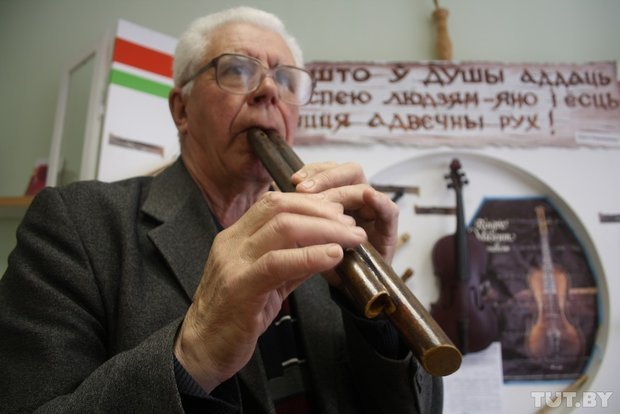 Фоторепортаж: мастер из Гродно 20 лет делает народные музыкальные инструменты (фото) - фото 7