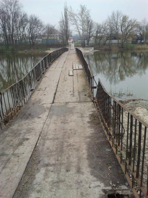 Аварийный мост в пос. Светлое, Добропольского района (фото) - фото 1