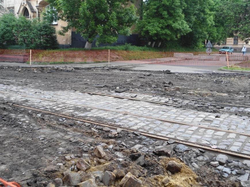 Як ремонтують вулицю Богдана Хмельницького  (ФОТО) (фото) - фото 1