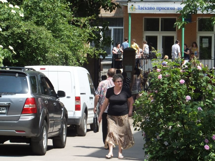 В Кировоградской школе кто-то распылил газовый баллончик (фото) - фото 1