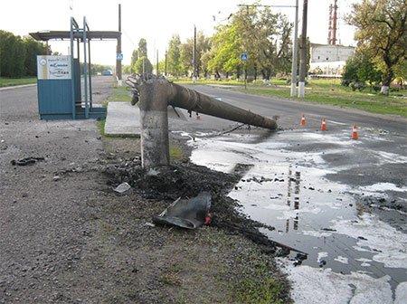 В Сумах в результате ДТП заживо сгорел водитель (ФОТО) (фото) - фото 1