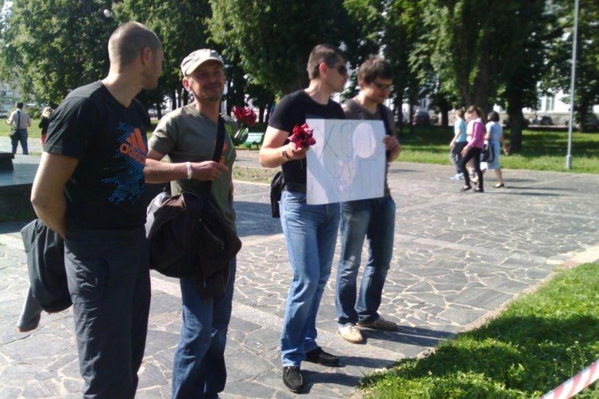 Кладбище в центре Чернигова устроили больные ВИЧ, фото-2