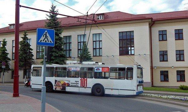 Причиной остановки всех троллейбусов в Гродно 25 мая стала авария на подстанции (фото) - фото 3