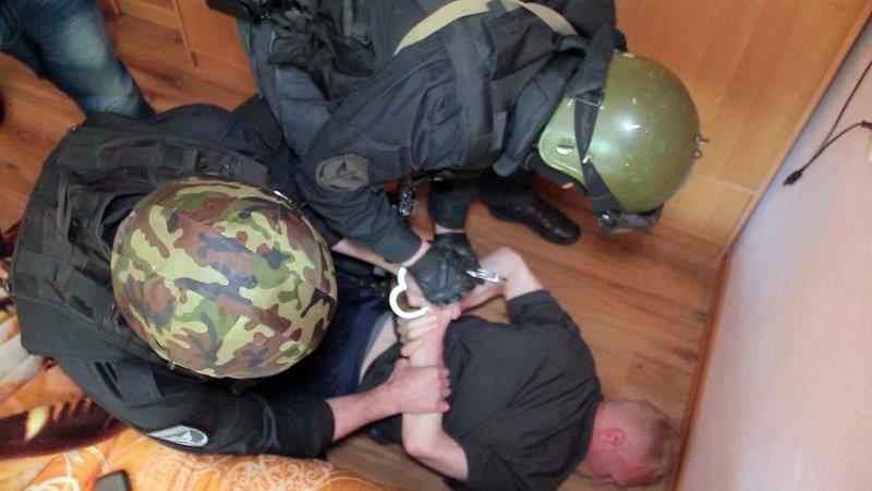 Крымчанин, объявленный в федеральный розыск по подозрению в убийстве, прятался от правосудия в Калининграде (ФОТО, ВИДЕО), фото-1