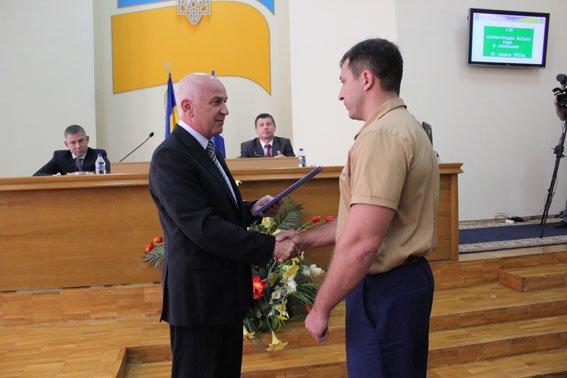 Кременчугских правоохранителей наградили за поимку опасных преступников (ФОТО) (фото) - фото 1