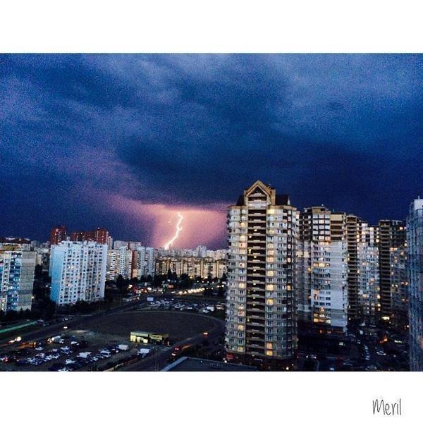 На Киев обрушилась майская гроза (ФОТО) (фото) - фото 4