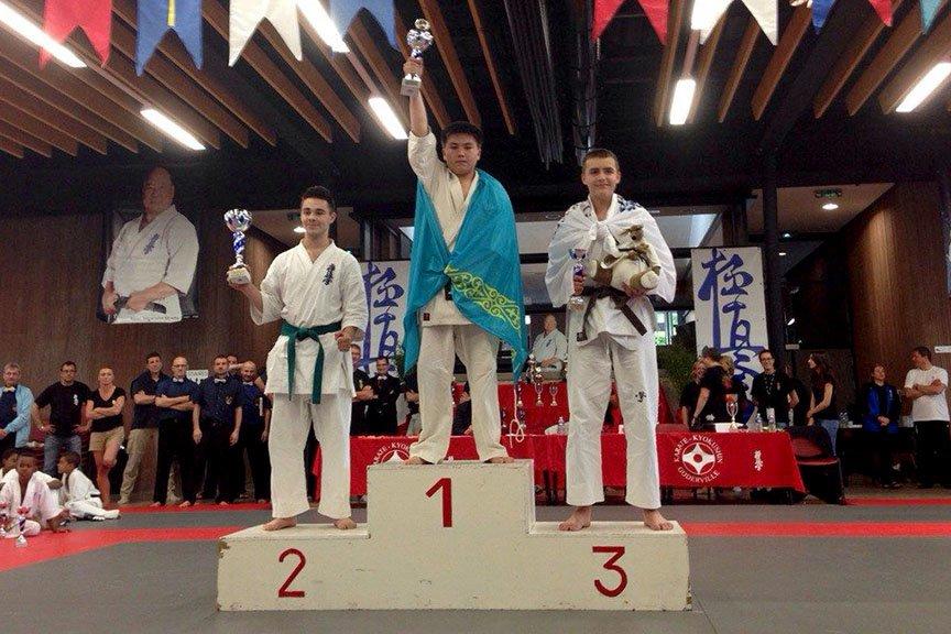 Пятеро восточноказахстанцев — призеры Чемпионата Европы по каратэ, фото-1