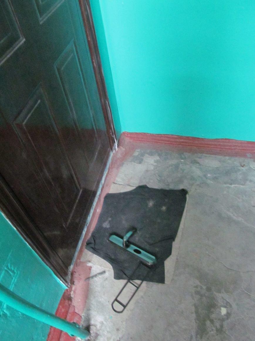 Квартирные воры освоили новый способ проникновения - через окна и балконы, фото-1