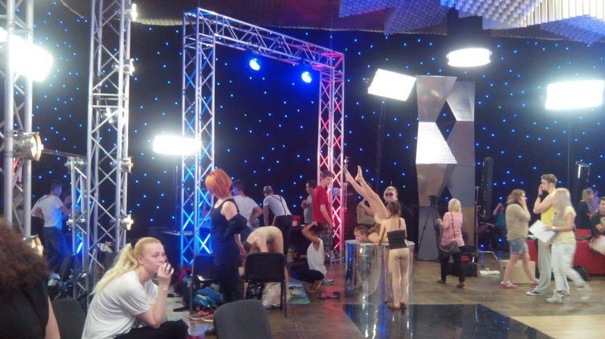 «Танцуют все»: по ту сторону телекамер (фото) - фото 1