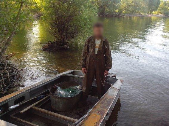 Около Градижска водные милиционеры снова задержали браконьера (ФОТО) (фото) - фото 1