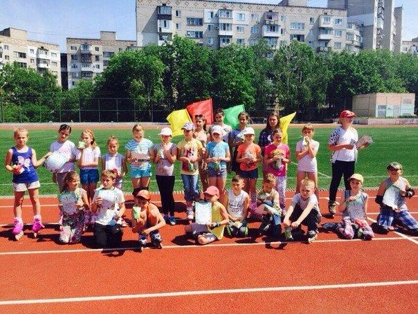 В Ильичевске прошли соревнования по бегу на роликовых коньках среди школьников (фото) - фото 3