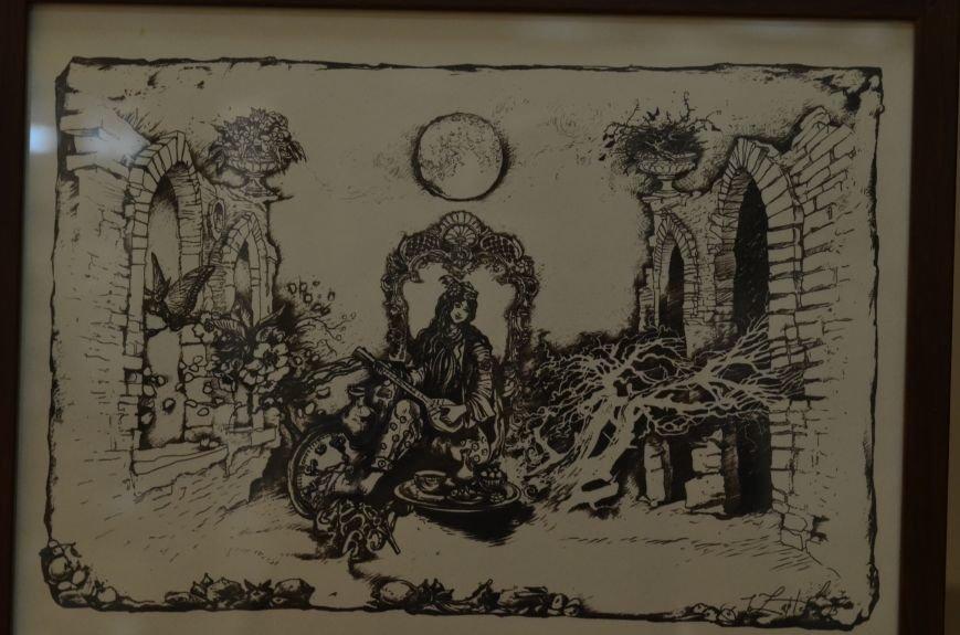 В Симферополе показали работы художников, которые «пишут» книги (ФОТО), фото-9
