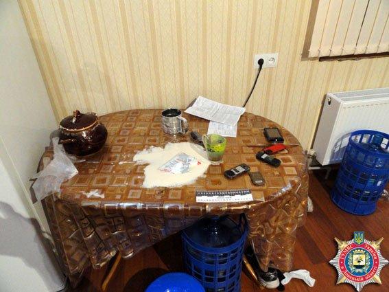 Похитители держали чиновника в полиэтиленовых пакетах, избивали его, переломали несколько костей (ФОТО) (фото) - фото 1