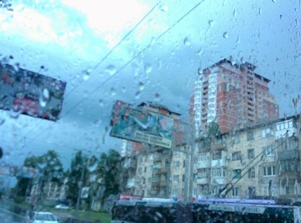В Донецке дождь парализовал движение общественного транспорта (ФОТО) (фото) - фото 3