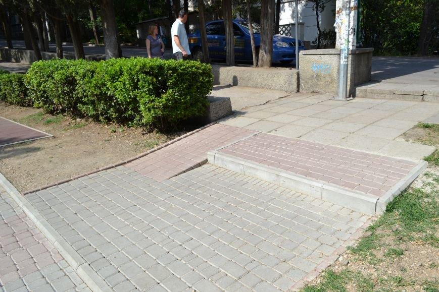 Строительная компания «Строй-Групп» в Ялте по улице Кирова обустроила детскую площадку, фото-1