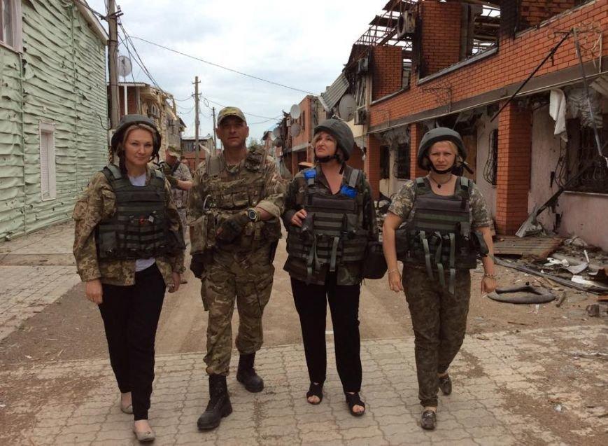 Нардеп Ирина Геращенко была шокирована увиденным в Широкино (ФОТО), фото-1