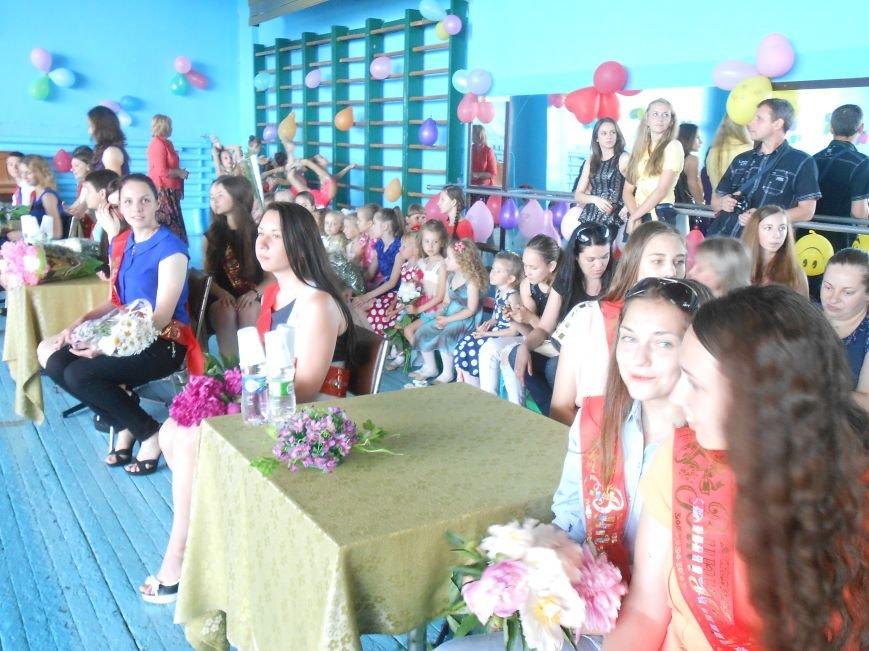 В Днепродзержинске состоялся выпускной спортсменов ДЮСШ (фото) - фото 2