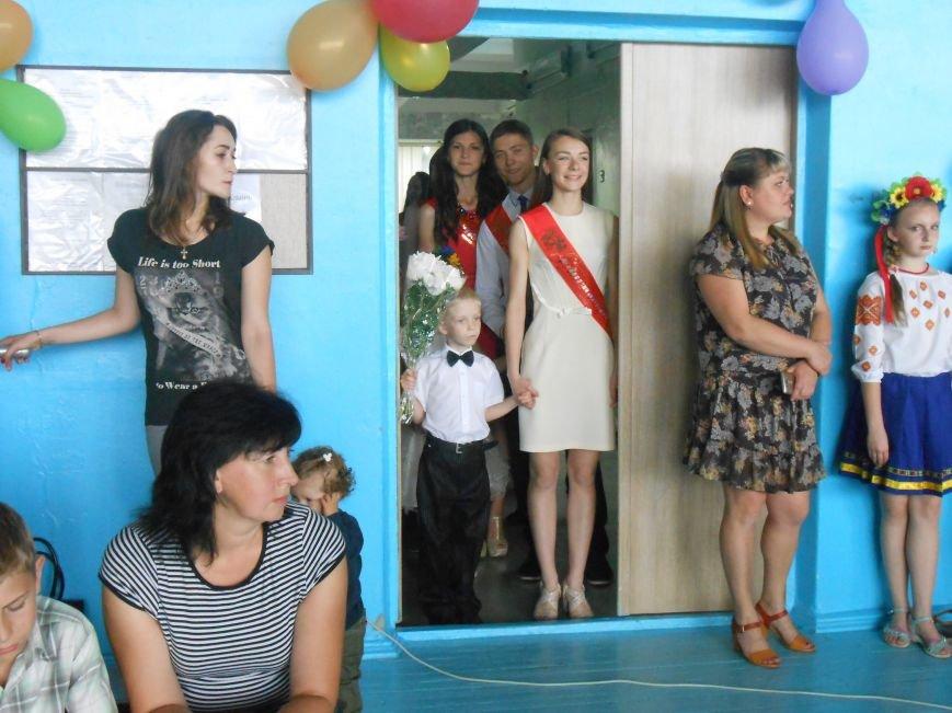 В Днепродзержинске состоялся выпускной спортсменов ДЮСШ (фото) - фото 1