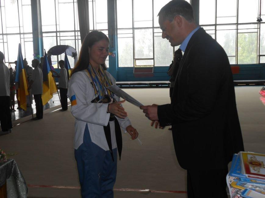 В Днепродзержинске состоялся выпускной спортсменов ДЮСШ (фото) - фото 4