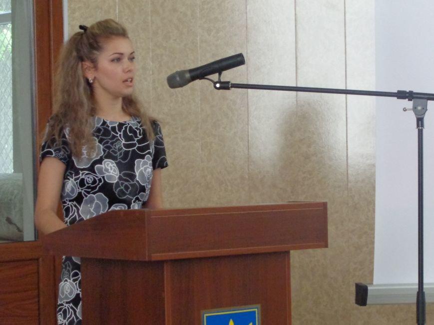 Как и где выпускнику найти работу: в ДонНТУ Красноармейска прошла ярмарка вакансий (фото) - фото 3