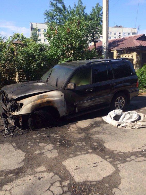 Ночью в Харькове сгорела машина (ФОТО) (фото) - фото 2