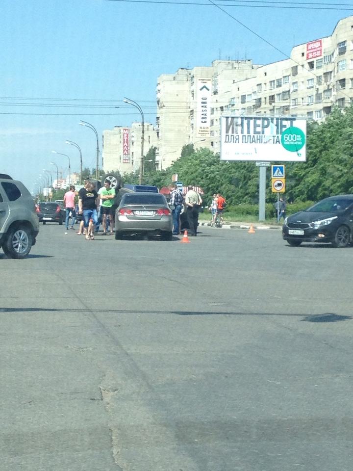 Перевернулся автомобиль Lifan X60, фото-3