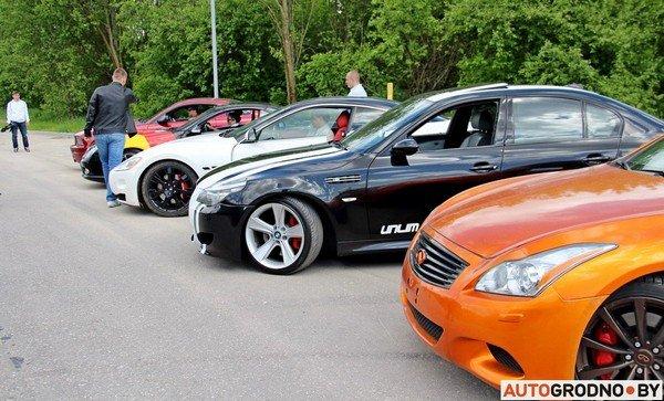 Фоторепортаж: самые редкие и мощные автомобили Гродно собрали в одном месте для съемок ролика (фото) - фото 21