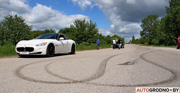 Фоторепортаж: самые редкие и мощные автомобили Гродно собрали в одном месте для съемок ролика (фото) - фото 12