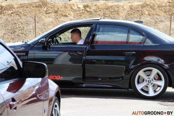 Фоторепортаж: самые редкие и мощные автомобили Гродно собрали в одном месте для съемок ролика (фото) - фото 2