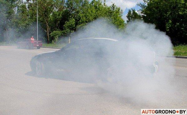 Фоторепортаж: самые редкие и мощные автомобили Гродно собрали в одном месте для съемок ролика (фото) - фото 11