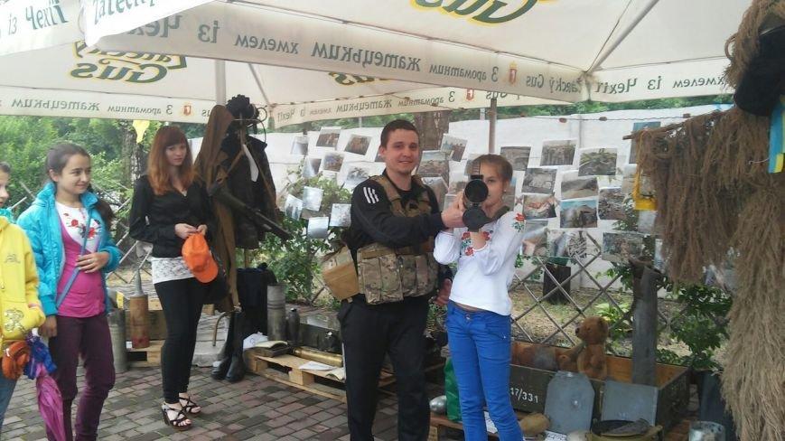 В Кривом Роге открылась благотворительная выставка «Запах войны» (ФОТО) (фото) - фото 2
