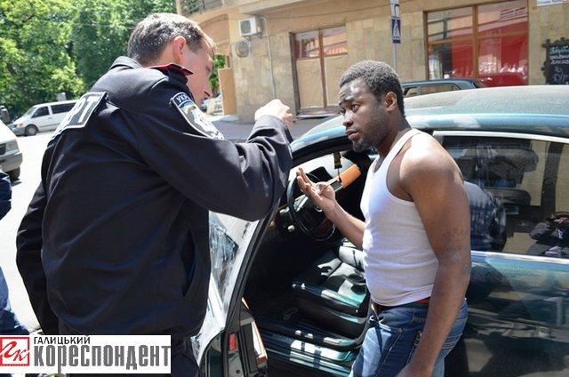 В Івано-Франківську у іноземного студента вкрали 4500 доларів, фото-3