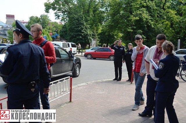 В Івано-Франківську у іноземного студента вкрали 4500 доларів, фото-1