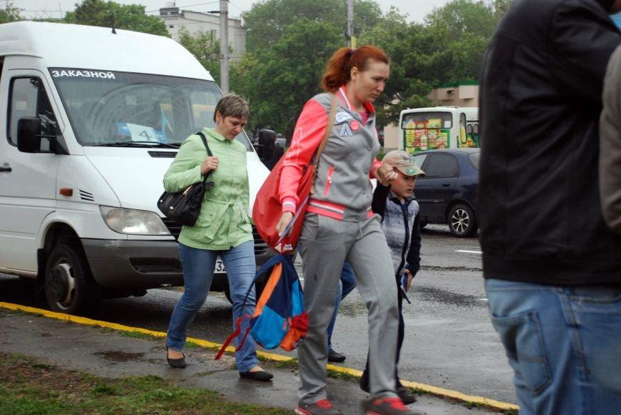 В Симферополь прибыл первый чартерный рейс из Екатеринбурга. Туристов лично встретила министр курортов Крыма (ФОТО), фото-2
