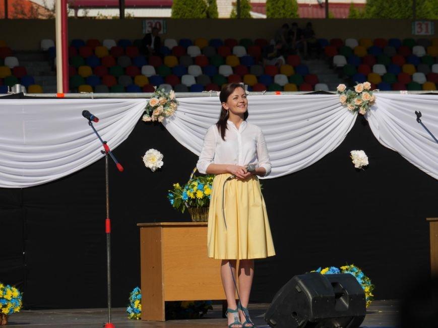 Модні сукні, золоті медалі, море емоцій – як у Тернополі пройшов «Випускник 2015»  (ФОТО) (фото) - фото 5