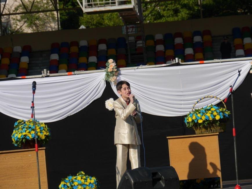 Модні сукні, золоті медалі, море емоцій – як у Тернополі пройшов «Випускник 2015»  (ФОТО) (фото) - фото 6