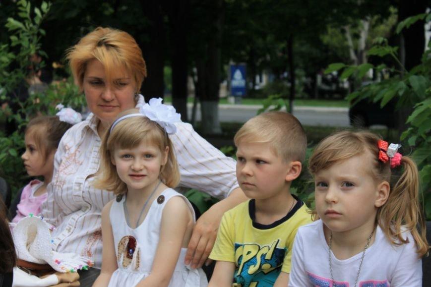 Юрий Тернавский: «Маленькие мариупольцы показали, каким видят мир» (фото) - фото 1