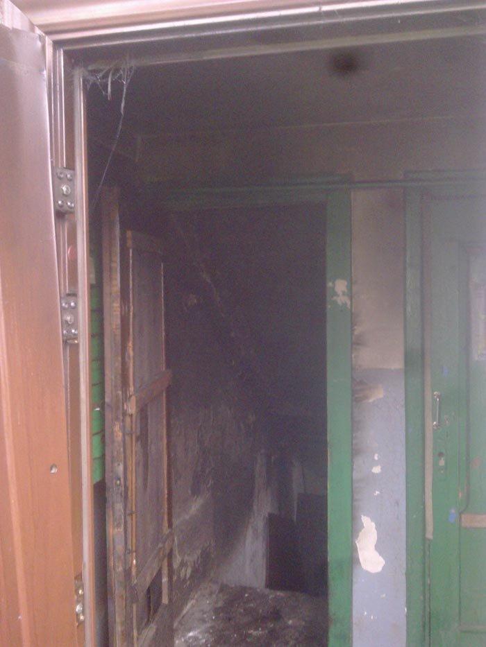 В Днепродзержинске горел подвал пятиэтажного жилого дома (фото) - фото 1