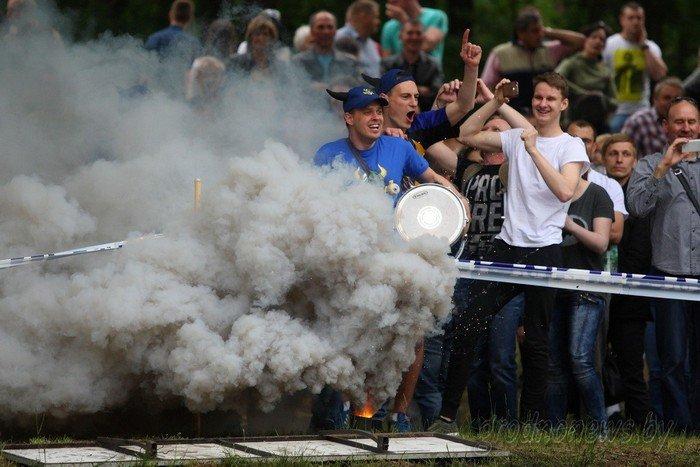 Фоторепортаж: в Друскининкае открытие летнего сезона отметили народными гуляниями и выпечкой 4-метровой «елки» (фото) - фото 10