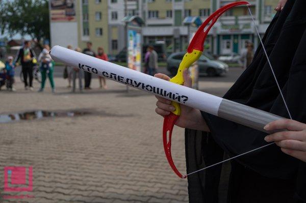 Жертвы табака пугали на улице гомельских курильщиков (фото) (фото) - фото 7