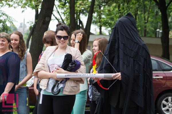 Жертвы табака пугали на улице гомельских курильщиков (фото) (фото) - фото 2