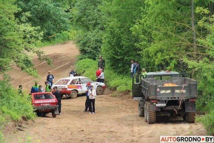 Жесткий автокросс в Гродно: каждый второй участник не дошел до финиша из-за таранов и переворотов (фото) - фото 10