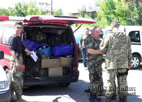 Група інспекторів ДАІ Волині відбула на Схід (ФОТО) (фото) - фото 1