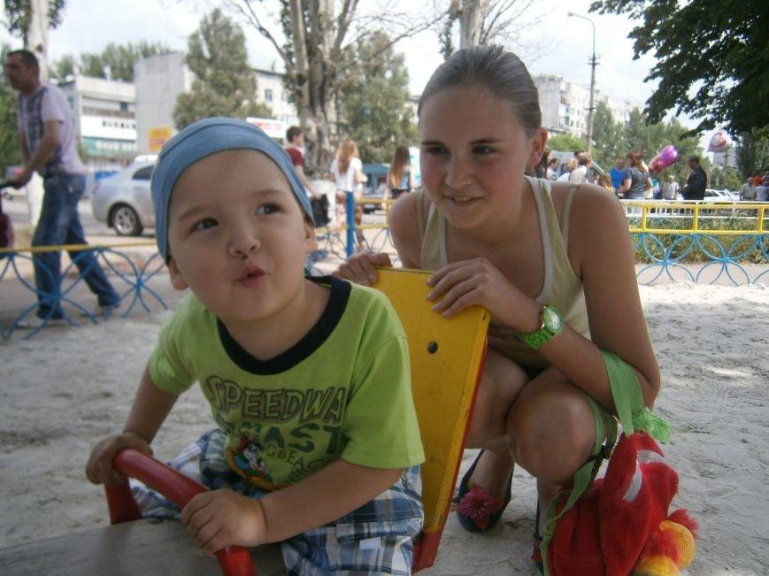 Первый день лета: Димитров празднует День защиты детей (ОБНОВЛЕНО) (фото) - фото 17