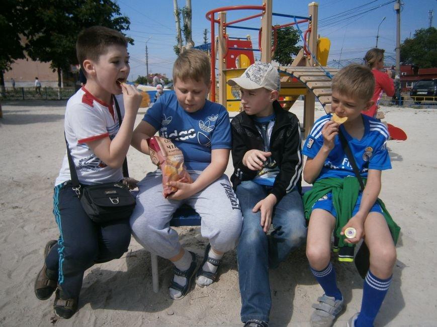 Первый день лета: Димитров празднует День защиты детей (ОБНОВЛЕНО) (фото) - фото 8