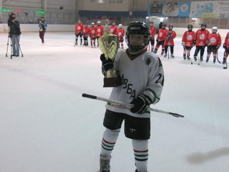 Юные спортсмены «Кривбасс-2004» стали победителями «Кубка Федерации хоккея города Днепропетровска» (ФОТО) (фото) - фото 2